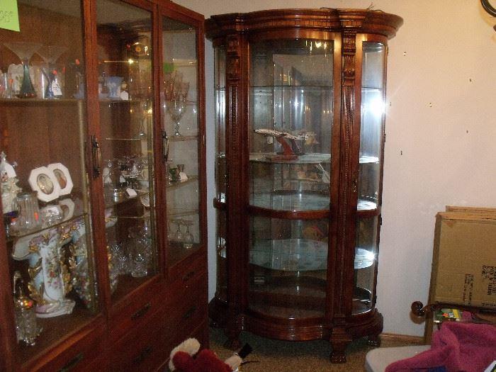 Beautiful china hutch and china cabinet!