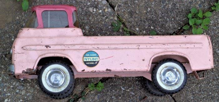 NY-Lint Pickup Trucks