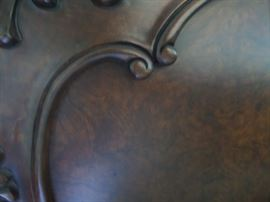 detail of burled wood from head board