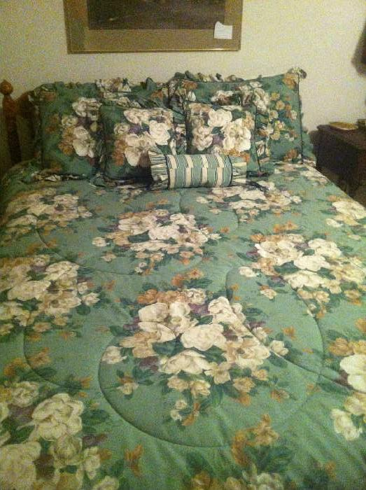 queen size master bed