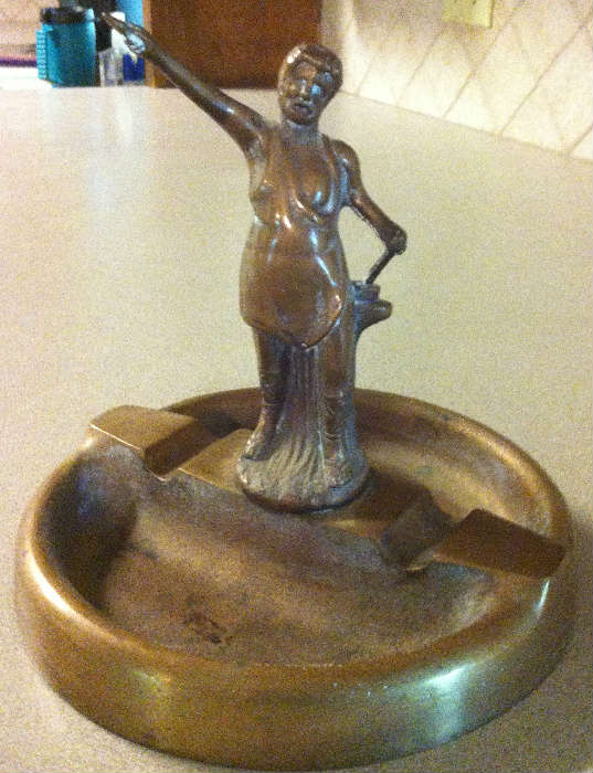 solid bronze ash tray