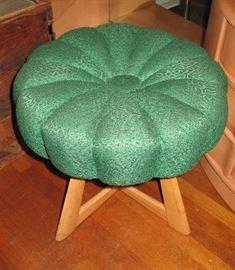 Sculptura vanity seat.