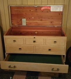 Lane Cedar chest with pull out drawer