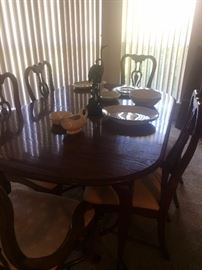 dining table with 6 chairs and 2 leaves and custom table pads