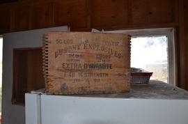 DuPont explosive wooden box