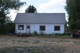 Fixer upper home on two lots