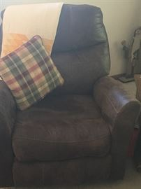 Great rocker with matching recliner loveseat