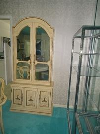 French provincial hutch