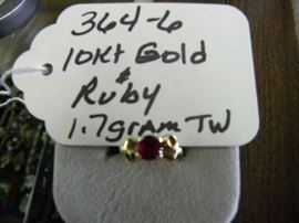 10kt Gold & Ruby Ring