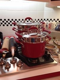 Red cookware - great condition