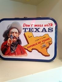 """Don't mess with Texas"" lunch kit"