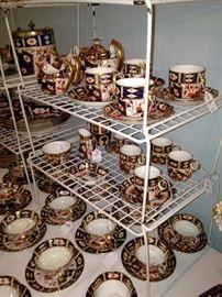 Large array of Davenport Longport Staffordshire china