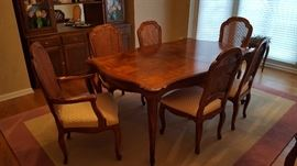 Formal Dining Table w 6 chairs Pads & 3 Leaves. Seating room for 12