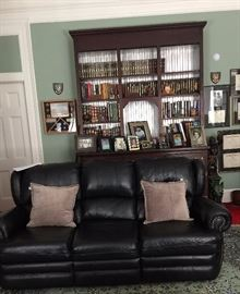Den3 cushion leather sofaREVIMG 3945