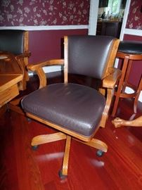 Picture of game table chairs