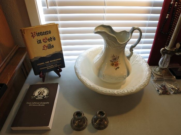 Vintage Wash Basin Bowl And Water Pitcher