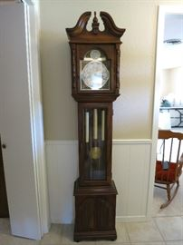 Very Nice Working Grandfather Clock