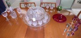 "Slewed Horseshoe vintage glass pattern 12"" punch bowl,  underplate, 12 punch cups & glass ladle"