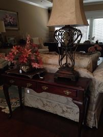 Queen Anne style sofa table; large good-looking lamp