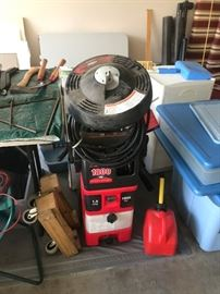 #37 1800 PSI 1.5 GPM power washer $100