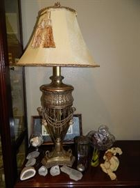 Beautiful metal ornate set of 2 lamps