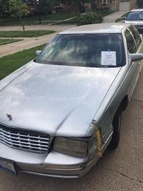Cadillac Deville new rebuilt motor runs great call 630-290-3825 to see    $1600 OBO
