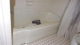 Kohler cast iron tub