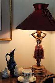 Hula girl lamp!