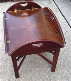 http://www.ebay.com/itm/Wooden-Coffee-Table-with-Foldup-Leafs-Your-shipper-or-Local-Pickup-RM008-/122607144568