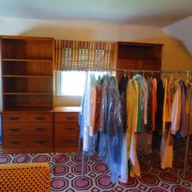 CLOTHING/VINTAGE CLOTHING