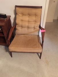 Benchcraft by Baum Ritter Mid Century arm chair