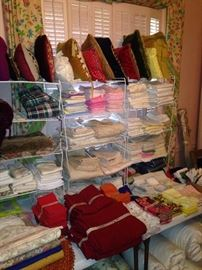 Pillows, sheets, towels, placemats, etc