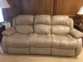 Leather Flexsteel Double Recline Sofa