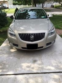 2012 Buick Regal 13,800 MILES EXCELLENT CONDITION