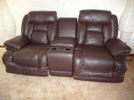 BROWN LEATHER POWER DUAL RECLINER SOFA