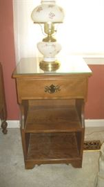 One of two Ethan Allen night stands with one of a pair of lamps