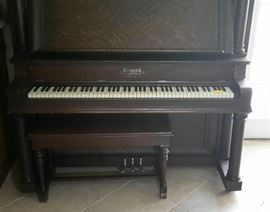 WALWORTH PIANO WITH STAND