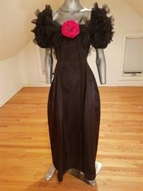 Bill Blass Haute Couture Museum worthy 1970's silk Gown