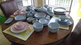 Russel Wright dish set  Iroquois blue & pink