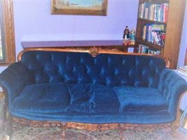 BEAUTIFUL ANTIQUE FRENCH SOFA