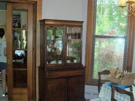 MAHOGONY TABLE-6 CHAIRS -AND CHINA CABINET