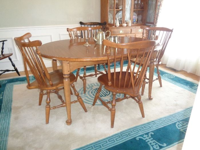 Ethan Allen dining set with 4 chairs