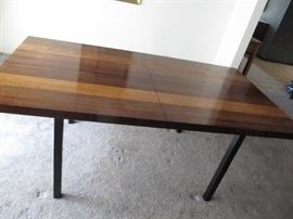 Dillingham walnut dining table with two leaves