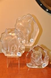 Spectacular crystal elephant and tiger sculptures by Mats Jonasson.