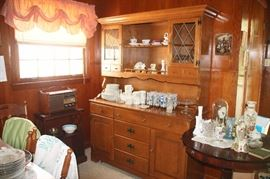 CHINA CABINET (has matching table with extra leaf and 6 chairs)