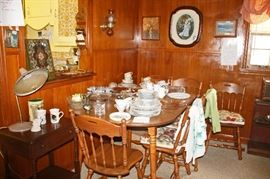 DINING ROOM TABLE WITH EXTRA LEAF and 6 CHAIRS (has matching china cabinet)