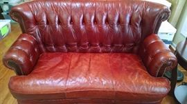 **UP-SCALE*** BURNT RED LEATHER LOVE SEAT SOFA......SO COMFY !!!