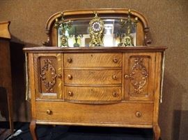 Absolutely beautiful Oak dresser with beveled mirror