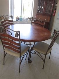 Dining set / or for your patio, priced to move!!