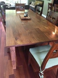 Crate and Barrel Table with 6 side chairs - EXCELLENT condition!